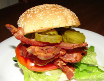 Bacon, lettuce and tomato sandwich recipes with variations. Photo/jimbrickett