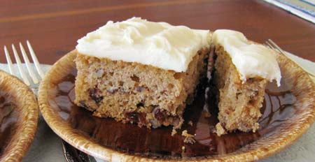 25% reduced portion size of Applesauce Cake. Photo/B.Yarnell